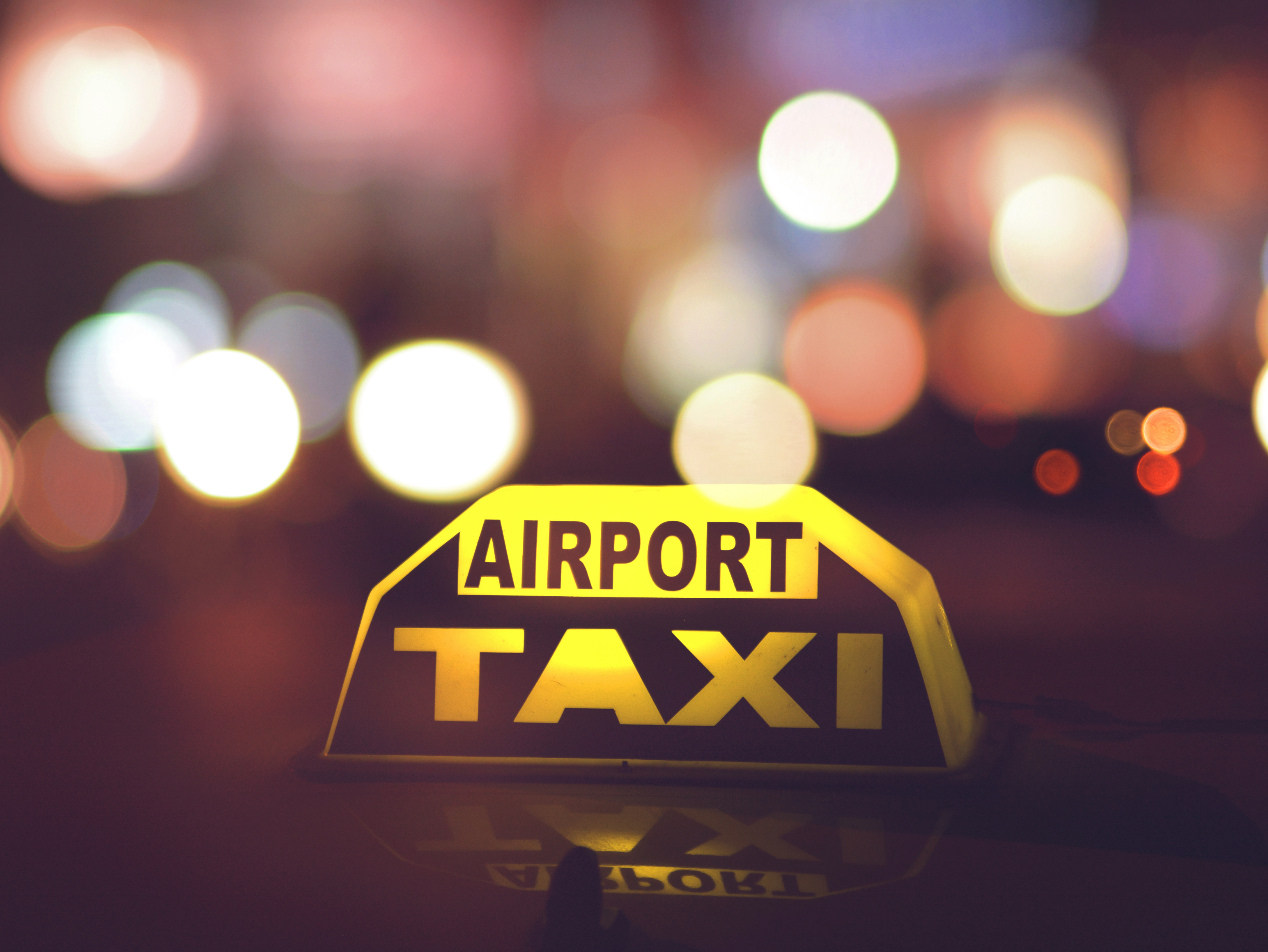 Ready For Hot Girl Summer?: 5 Ideal Reasons To Book An Online Airport Taxi Service - Travepreneur